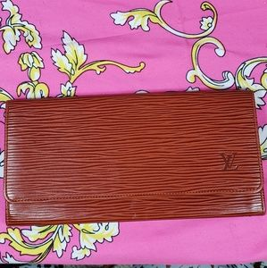 Authentic Louis Vuitton Epi Billfold Wallet